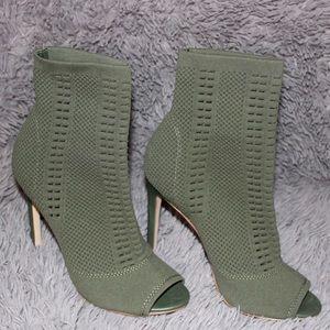 Green Steve Madden Heels